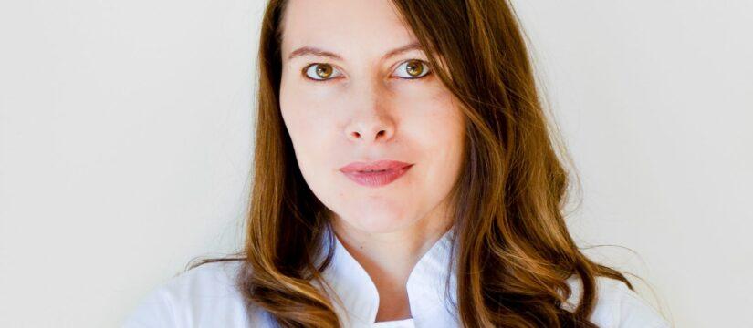 Dr. Alina Mihailescu - medic specialist dermato-venerolog